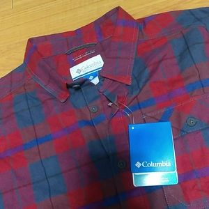 Columbia Button Up NWT